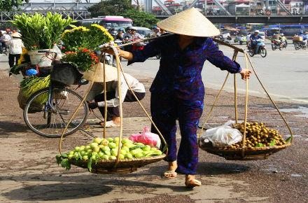 Strassenhändler in Hanoi