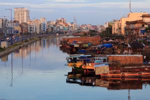 Blick auf den Schwimmenden Markt von Saigon