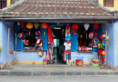 Kleiner bunter Laden in Hoi An