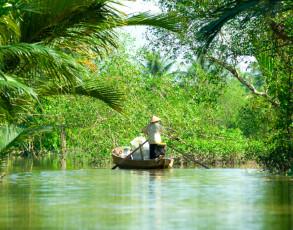Kleines Ruderboot in My Tho
